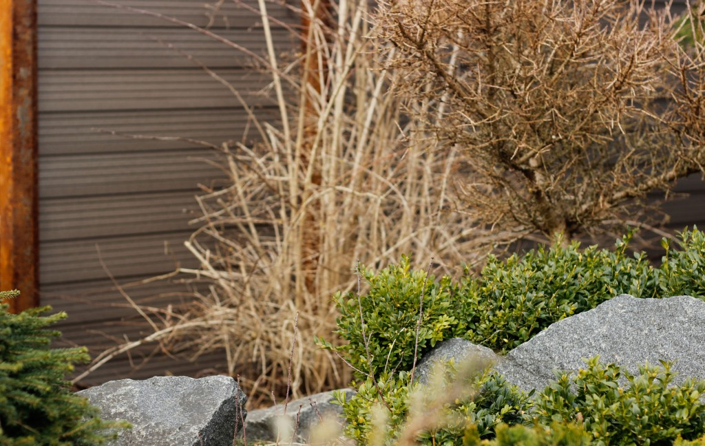 Rustent jern er et hit, når haven skal designes
